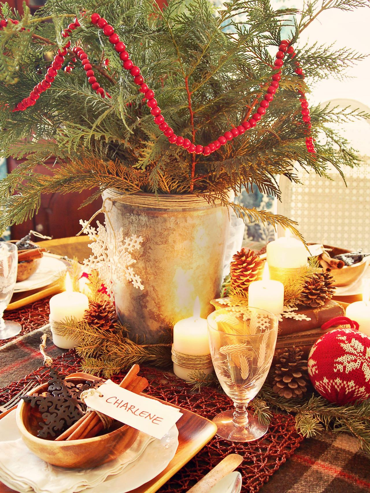 Entertaining ideas party themes for every occasion hgtv for Christmas decorations for the dinner table
