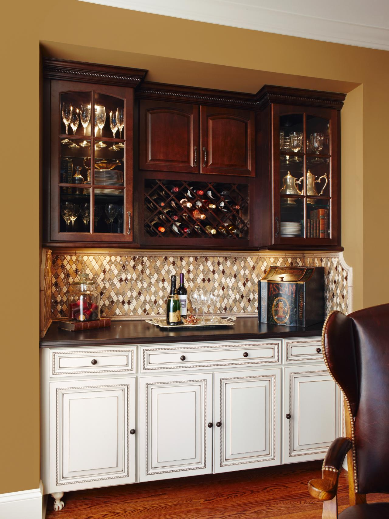 Photo page hgtv for Built in wine bar ideas