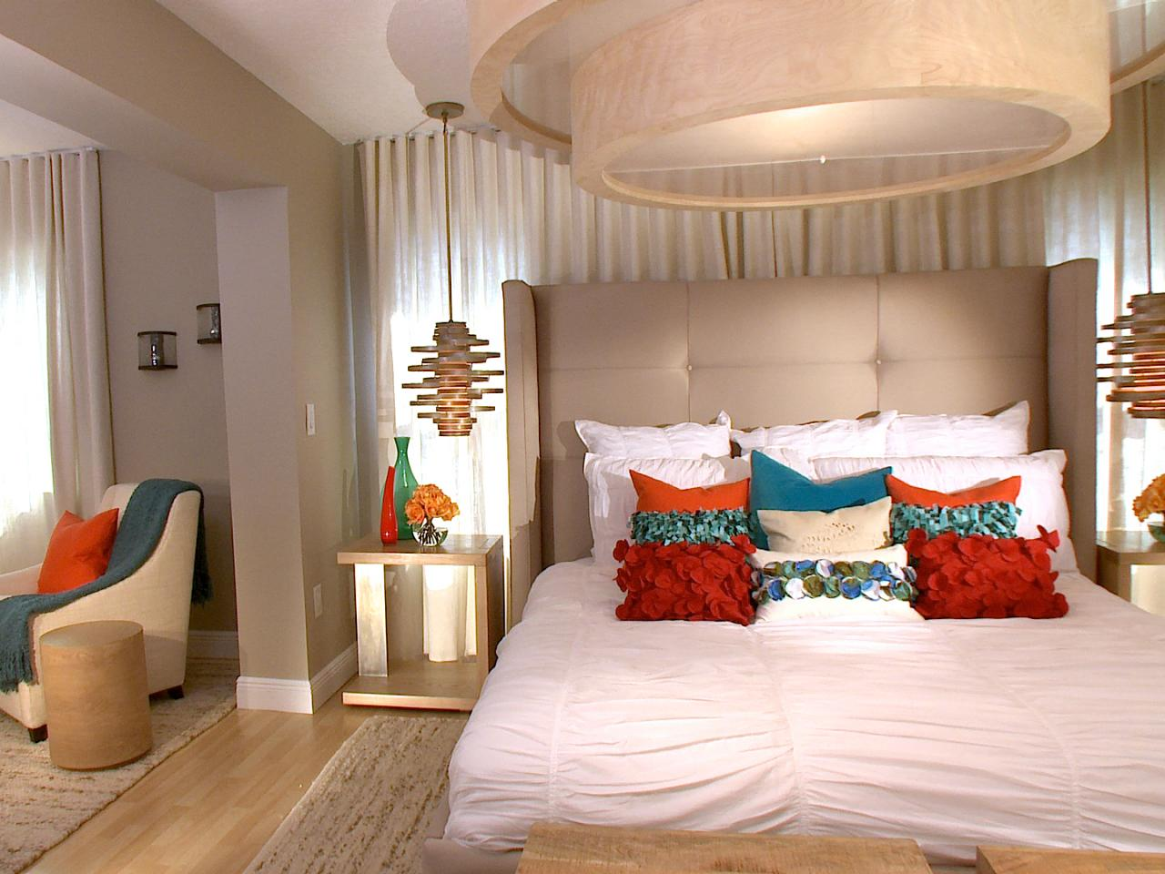 Designing the bedroom as a couple hgtv 39 s decorating Master bedroom for young couple