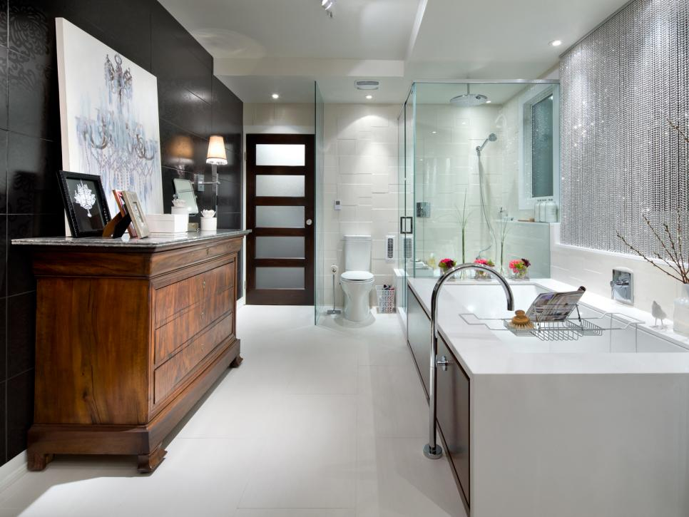 Black and white bathroom designs hgtv for Modern bathroom designs
