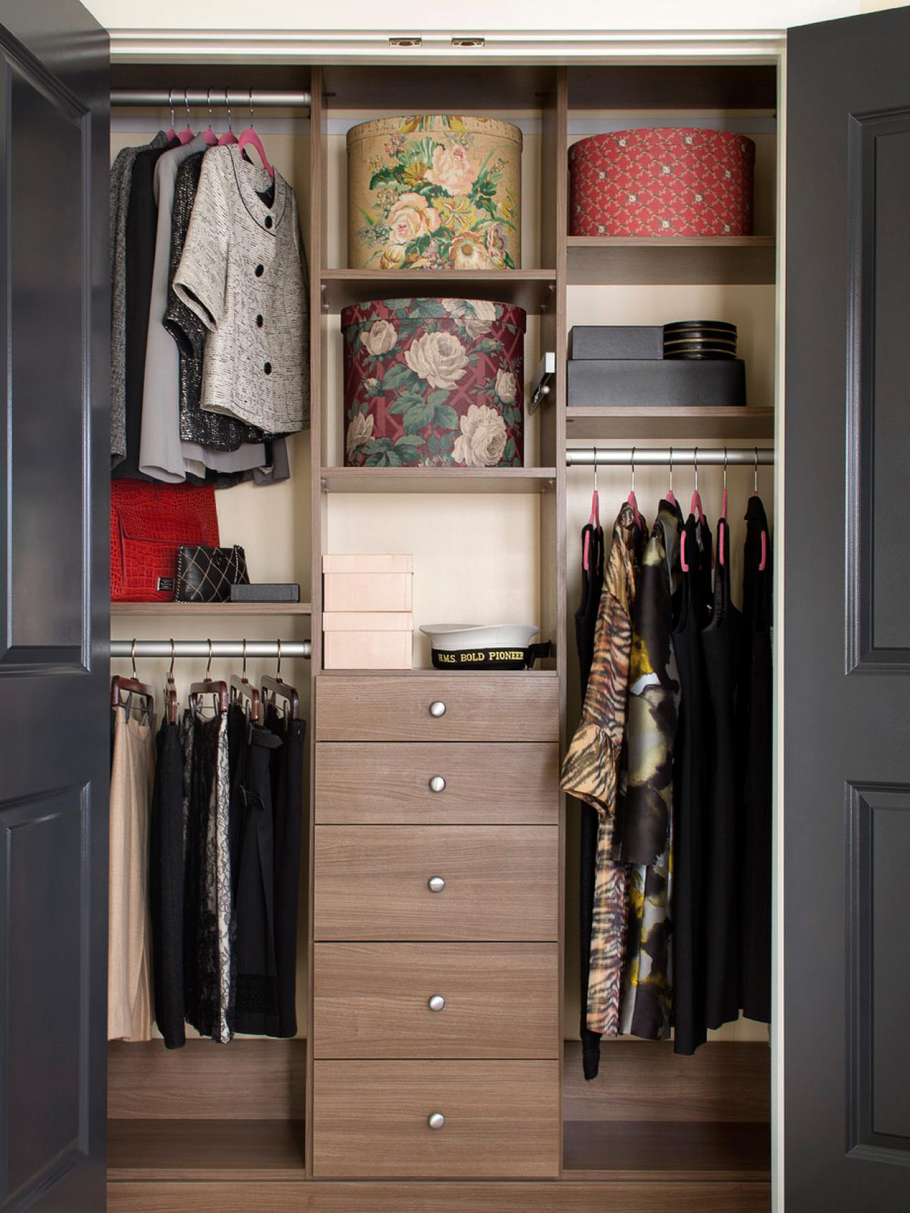 Sort and Sell Your Clothing. Organized Bedroom Closet ...