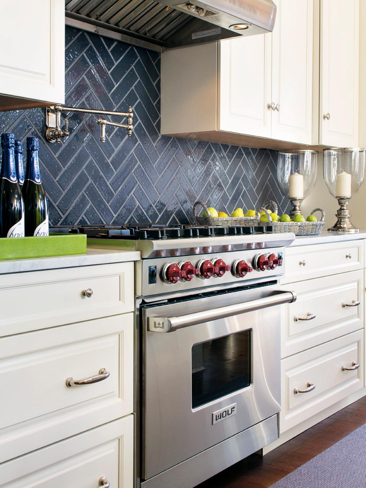 painting kitchen backsplashes: pictures & ideas from hgtv | hgtv