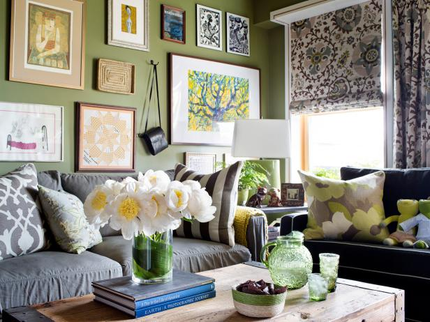 Living room ideas decorating decor hgtv for Home decor ideas photos living room