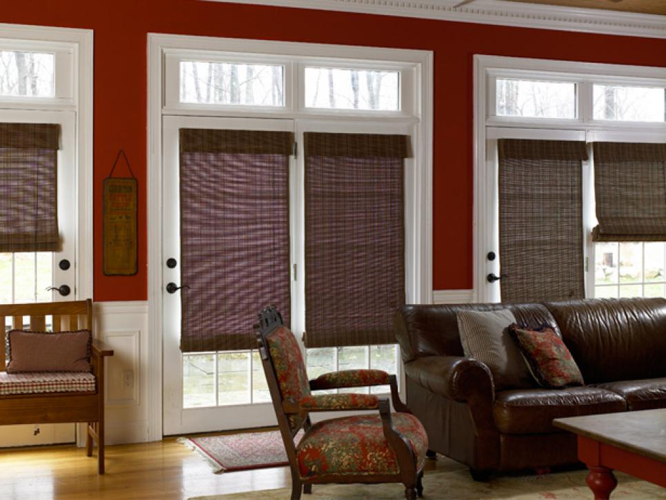Window treatment ideas hgtv for Living room window blinds