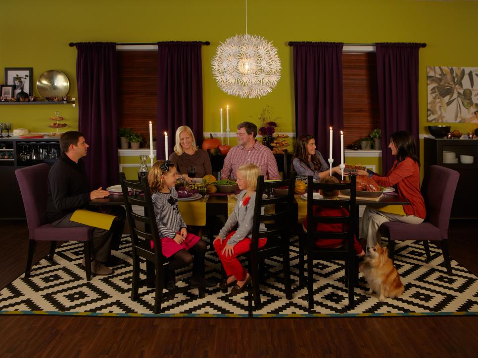 Simple ways to celebrate the holidays in style hgtv for 10 x 12 dining room