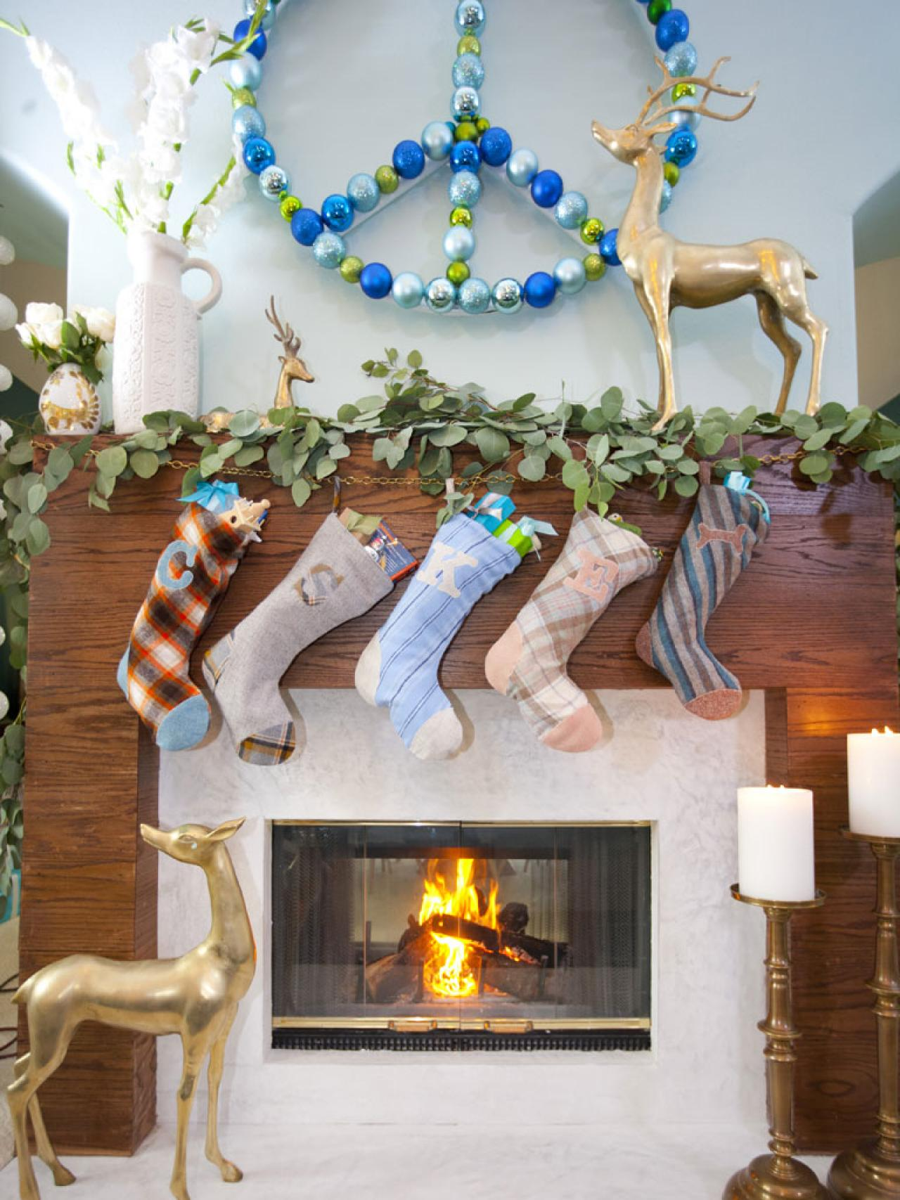 Peace Symbol Holiday Decoration Hgtv