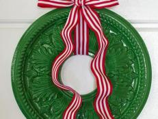 Ceiling Medallion Wreath With Striped Ribbon