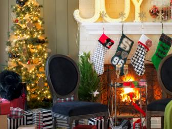 Festive Holiday Living Room With Fireplace