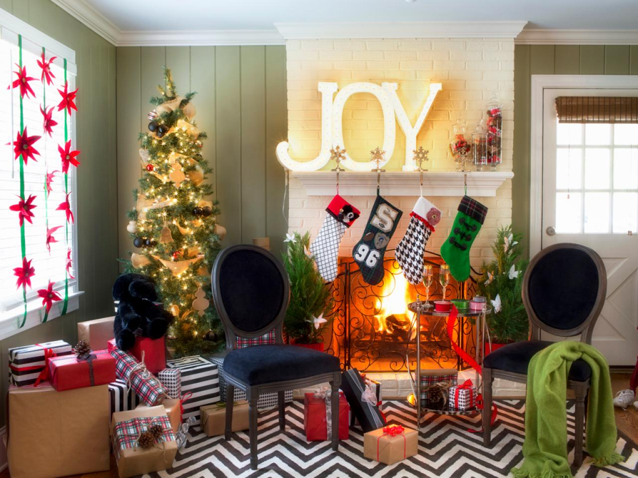 black and white holiday decor interior design styles and hgtv holiday home decorating tips chicago real estate