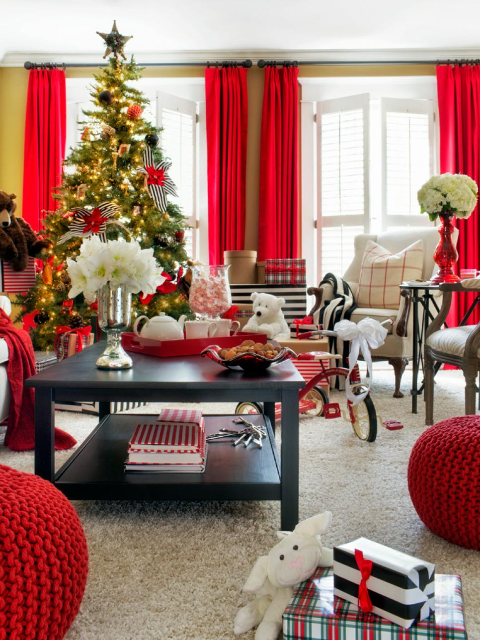 Christmas tree decorating ideas hgtv Holiday apartment decorating ideas