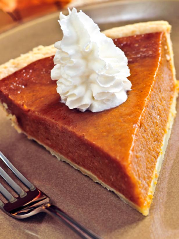 original_pumpkin-pie-slice-with-whipped-cream_s3x4