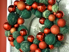 Yarn & Ornament Christmas Wreath