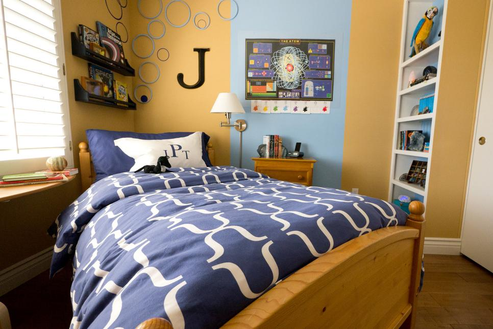 Small boy 39 s room with big storage needs hgtv for Big bed small room