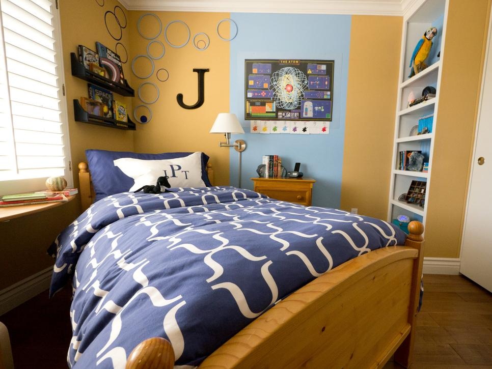 Small boy 39 s room with big storage needs hgtv for Boy s bedroom ideas