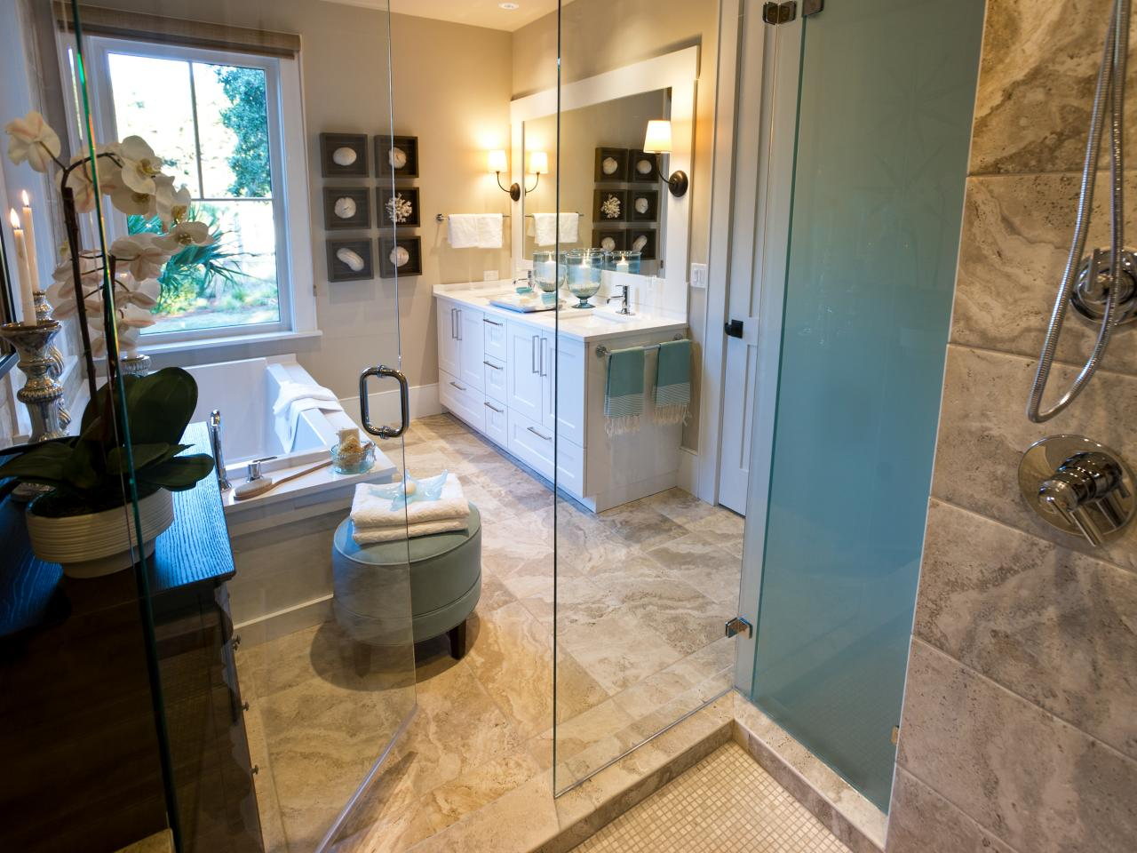 Hgtv dream home 2013 master bathroom pictures and video for Dream bathrooms