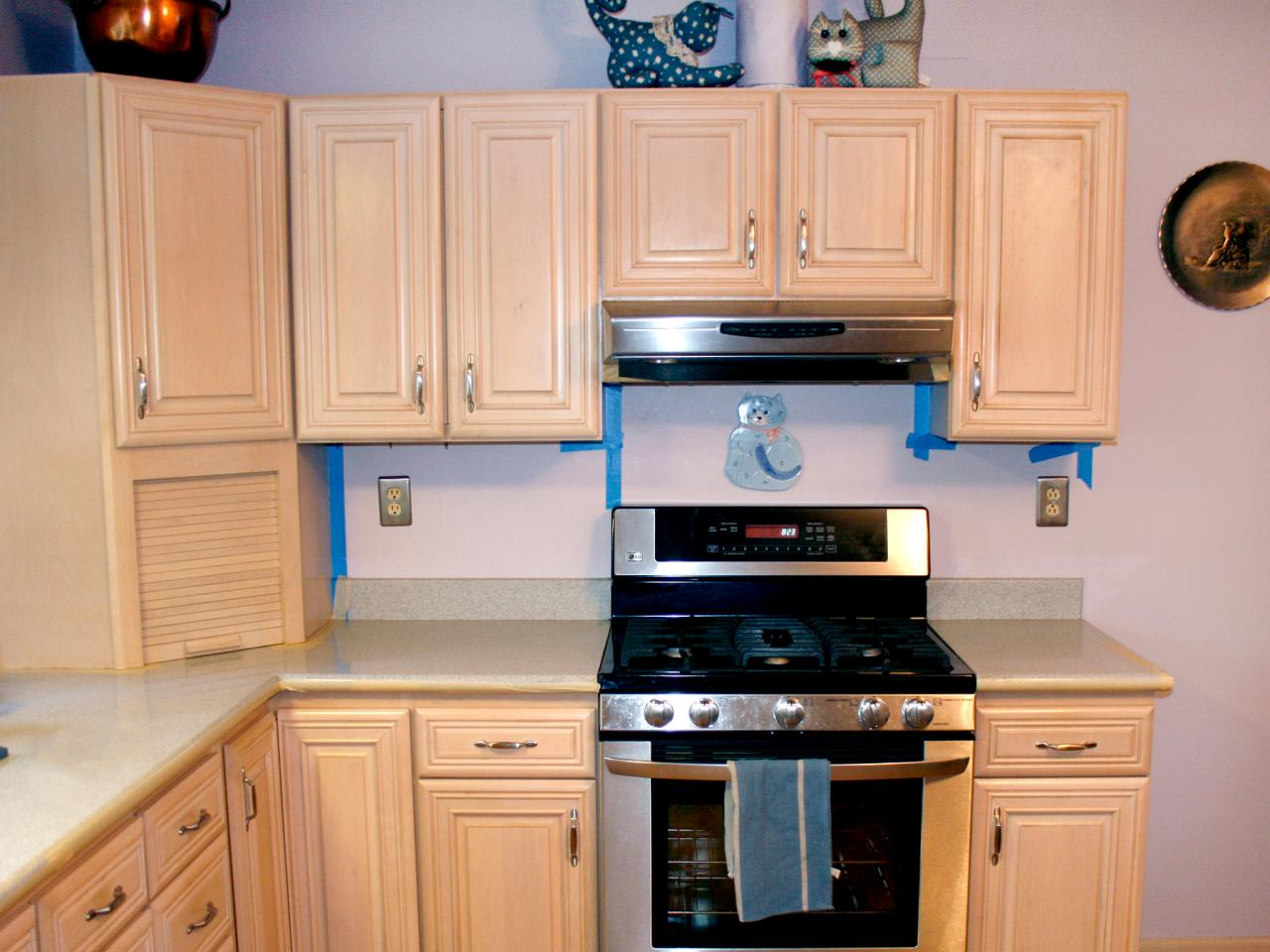 Spray painting kitchen cabinets pictures ideas from for Kitchen units