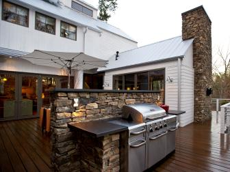 Barbecue Courtyard With Outdoor Kitchen