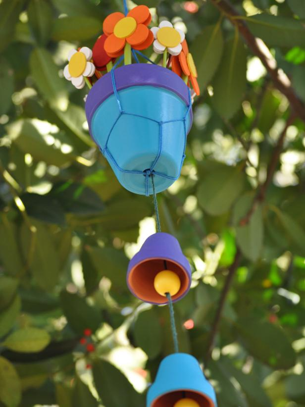 Terra-Cotta Pots Turned Into Windchimes