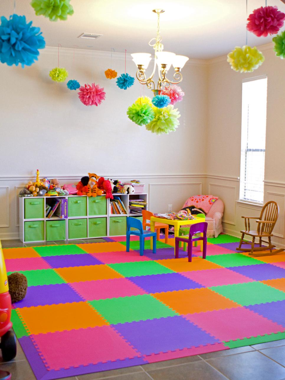 8 kids 39 flooring ideas hgtv for Small room flooring ideas