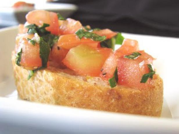 CI-Picky-Palate_Bruschetta-2_s4x3