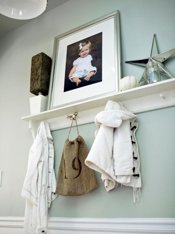 White Wall Hook Shelf in Cottage Entryway
