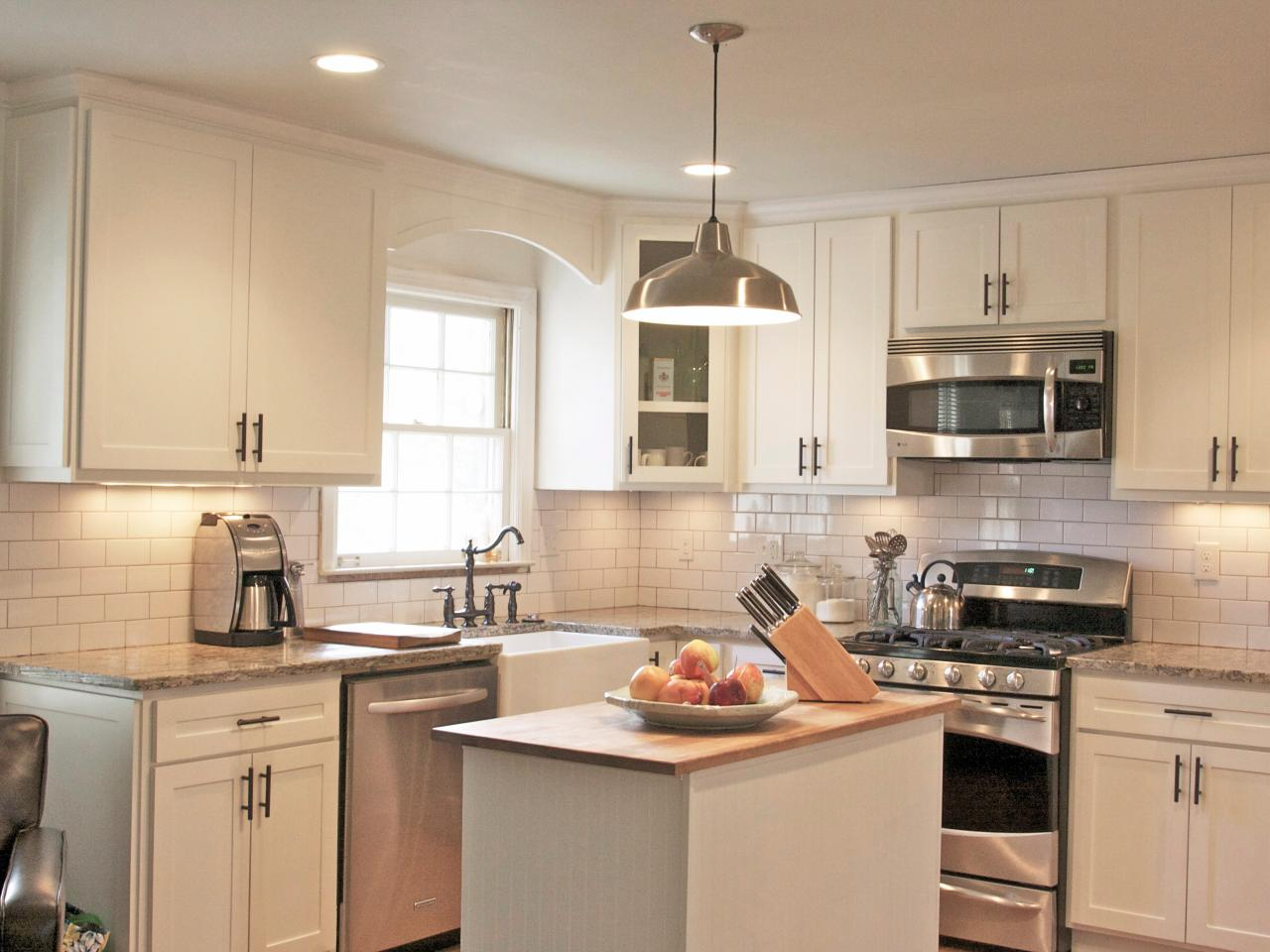 Photo page hgtv for White kitchen cabinets ideas