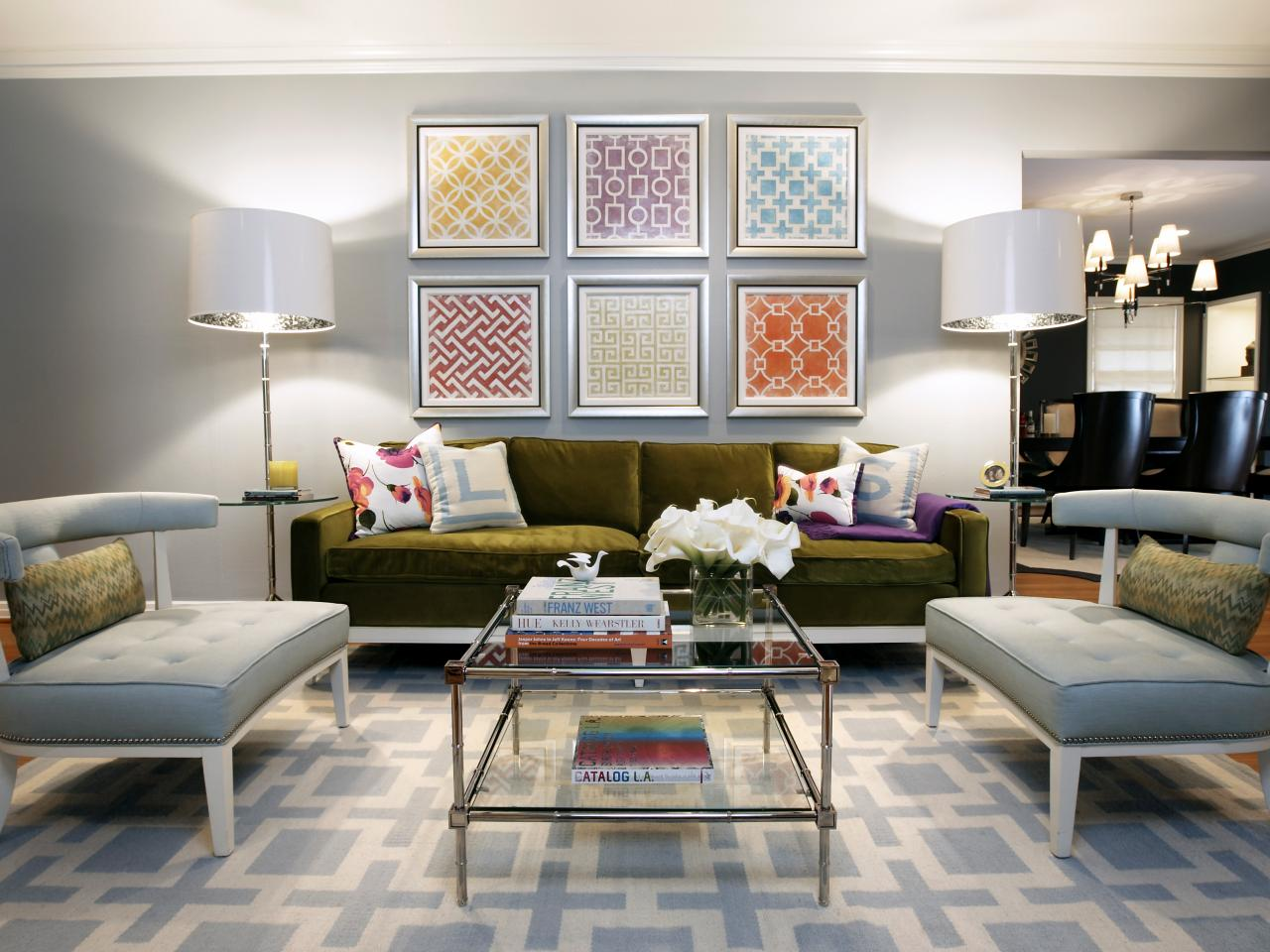 Photo page hgtv for Modern home living room design