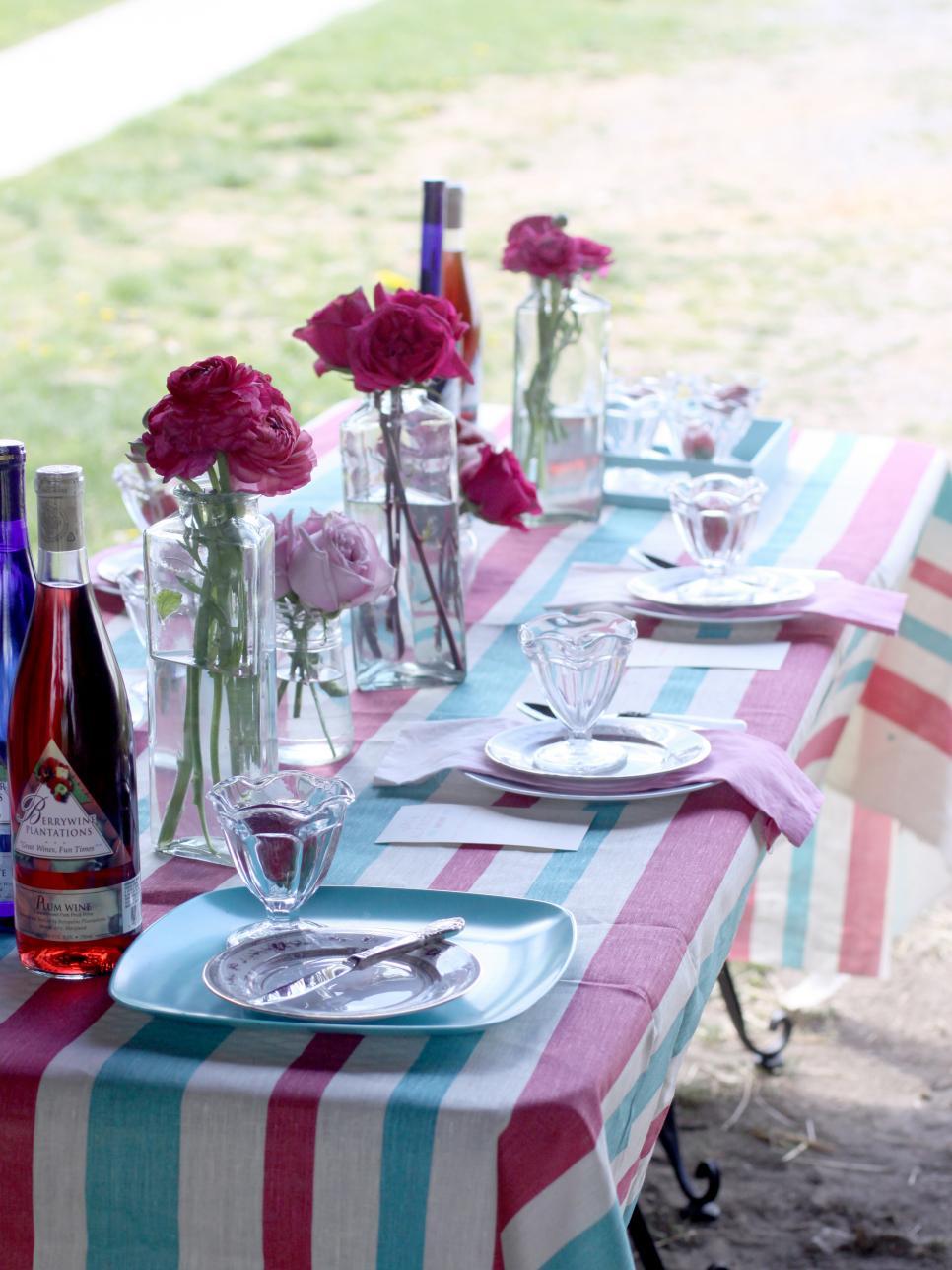 3 stylish summer table setting ideas hgtv - Summer table setting ideas ...