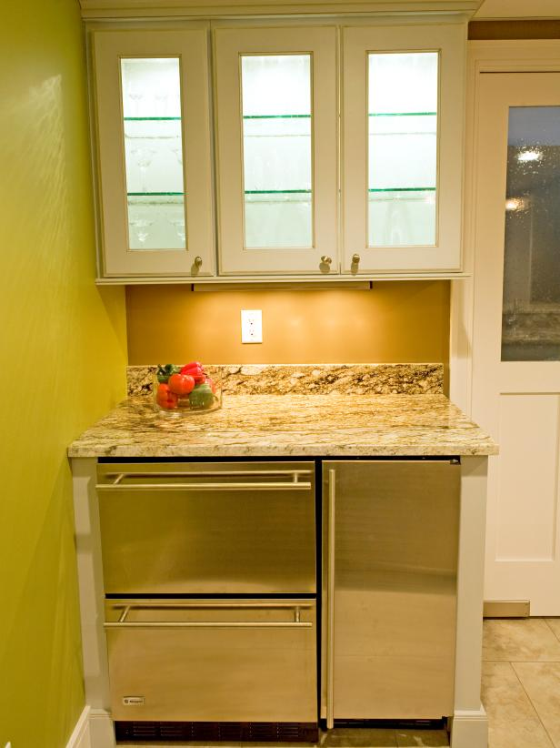 Green Basement Kitchen with Cooling Drawers