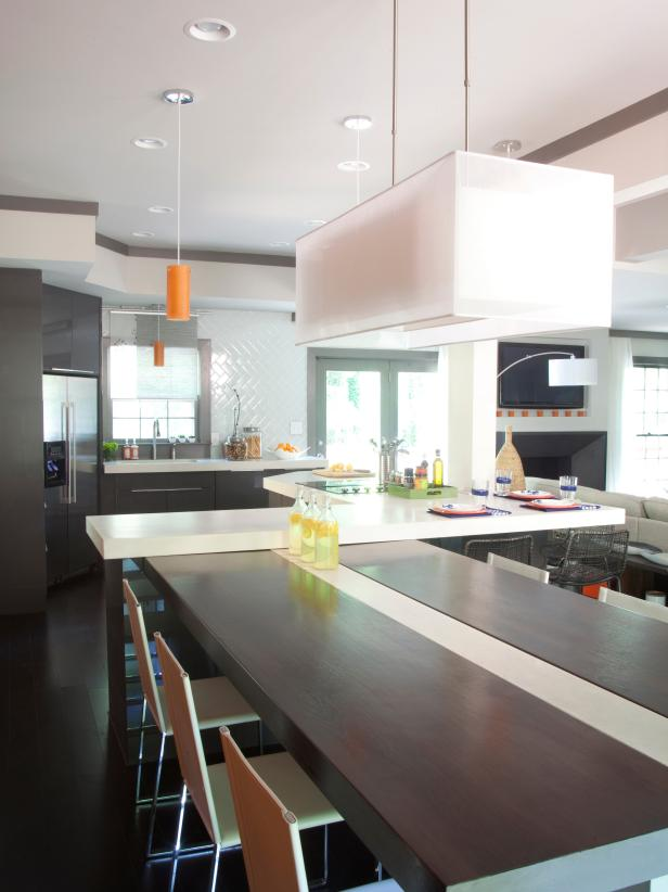 Modern White Kitchen and Dining Combo