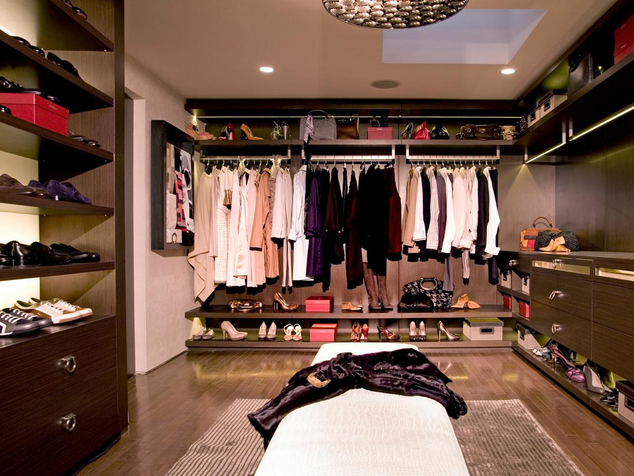 Photos hgtv - Closets designs small spaces design ...