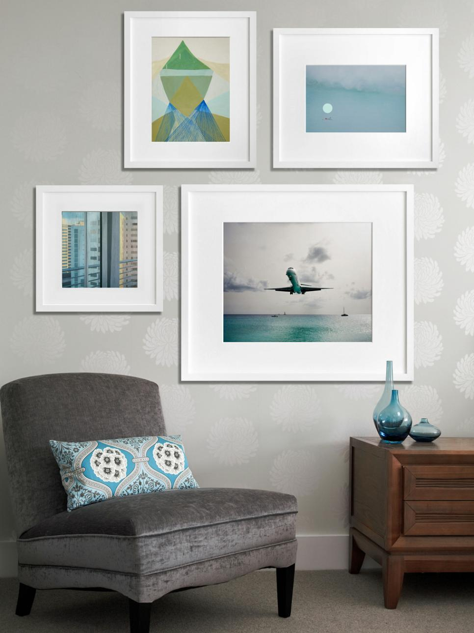 How to create an art gallery wall hgtv - Interiors by design picture frames ...