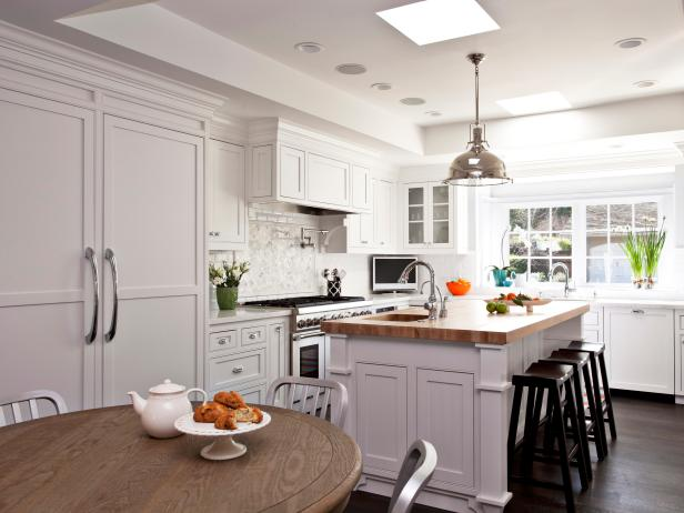 White Transitional Kitchen With Industrial Light