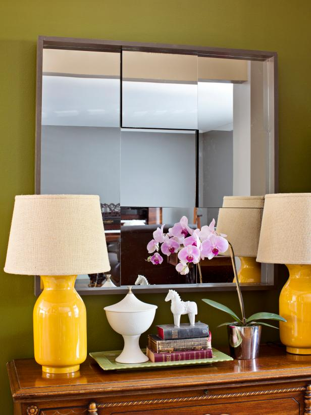 Three-Dimensional Mirror in Bold Green Foyer