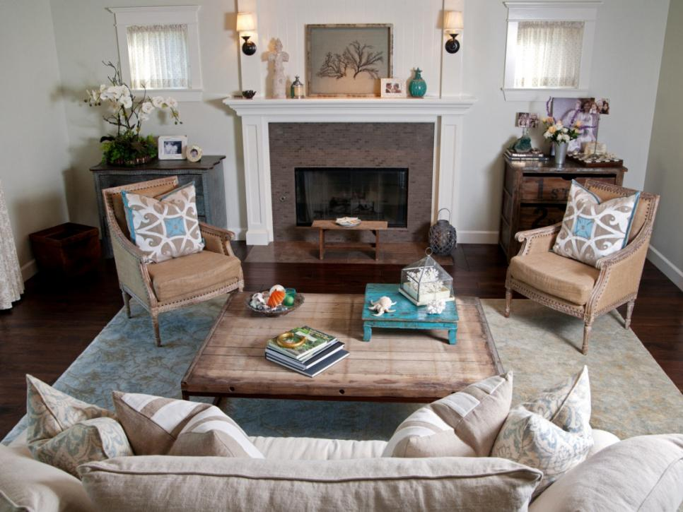 Coastal living room ideas hgtv for Living room neutral ideas