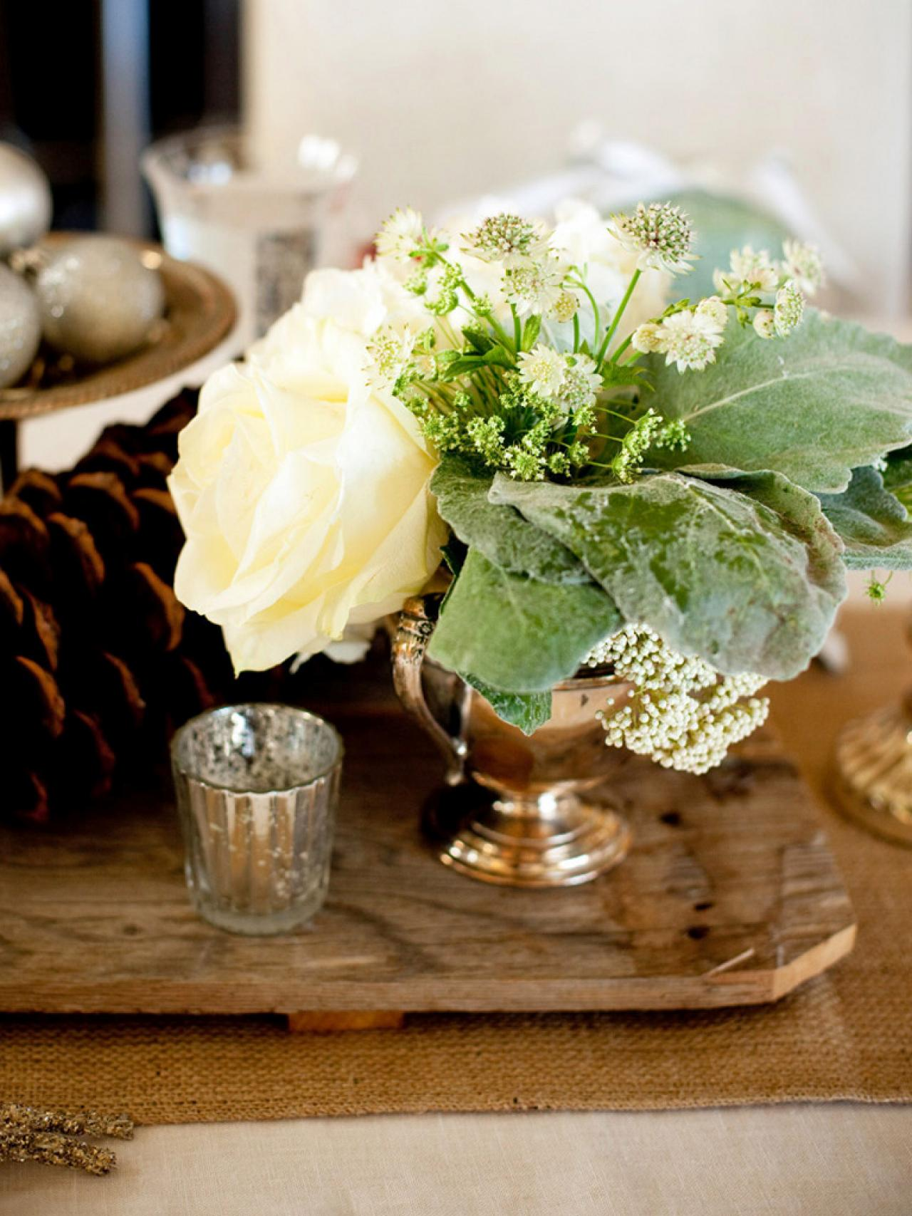 Country kitchen table centerpieces pictures from hgtv hgtv for Small kitchen table centerpiece ideas