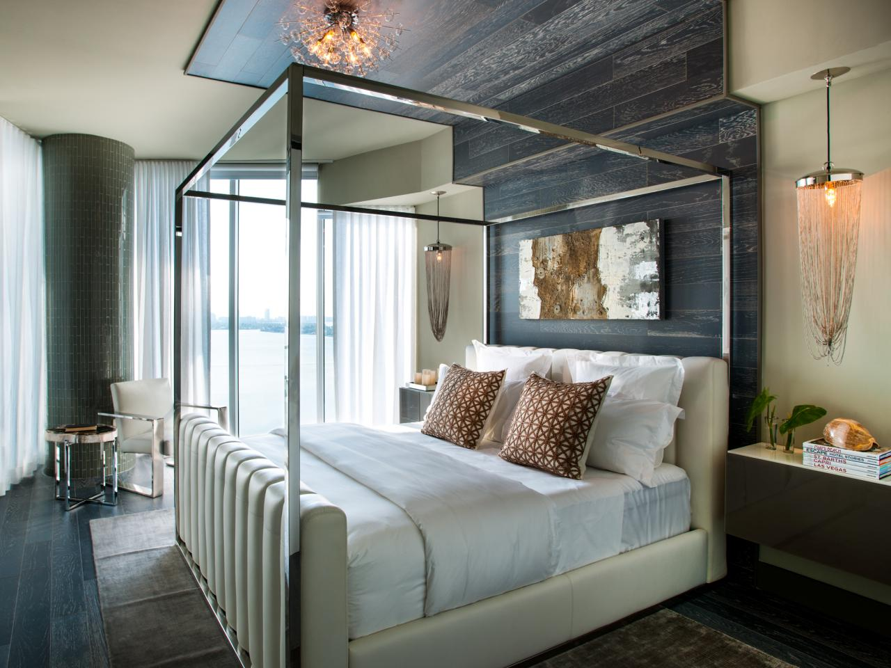 Hgtv urban oasis 2012 master bedroom pictures hgtv for Master bedroom images