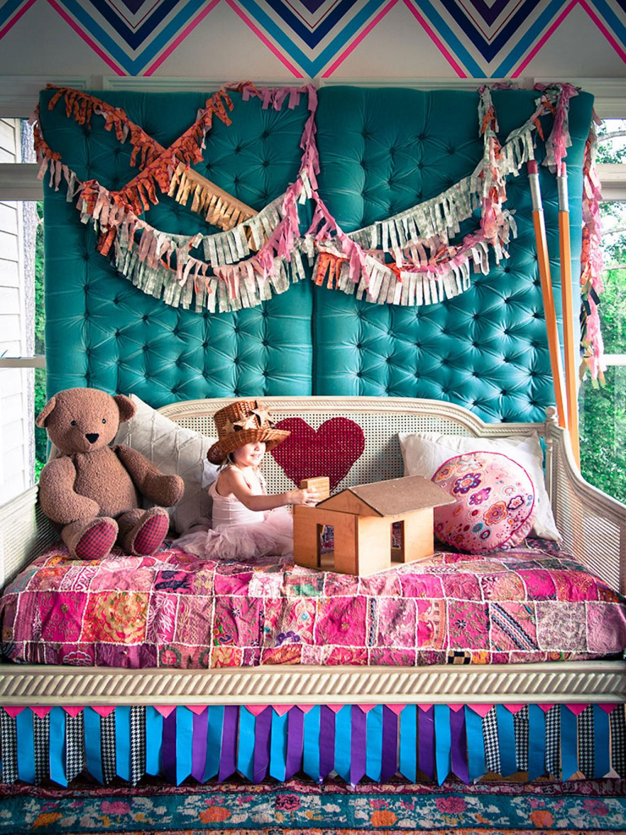 Budget friendly duct tape decorations for kids 39 rooms for Duct tape bedroom ideas