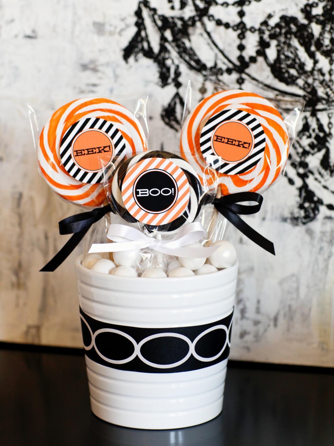 embellish pumpkins with ribbon