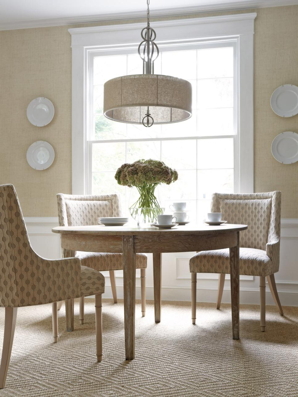 25 biggest decorating mistakes and solutions hgtv for Dining room 101 heswall