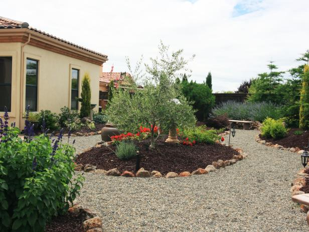 Low Maintenance Garden With Gravel Pathways