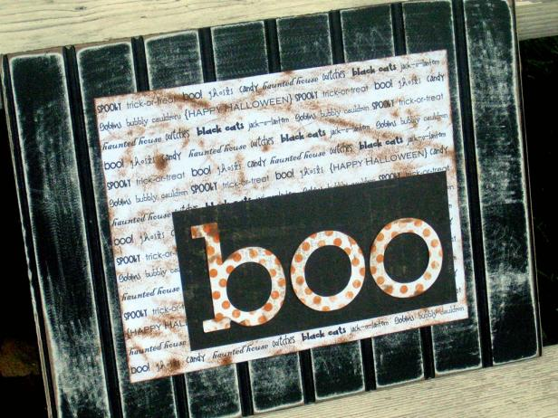 Boo! Beadboard Sign for Halloween