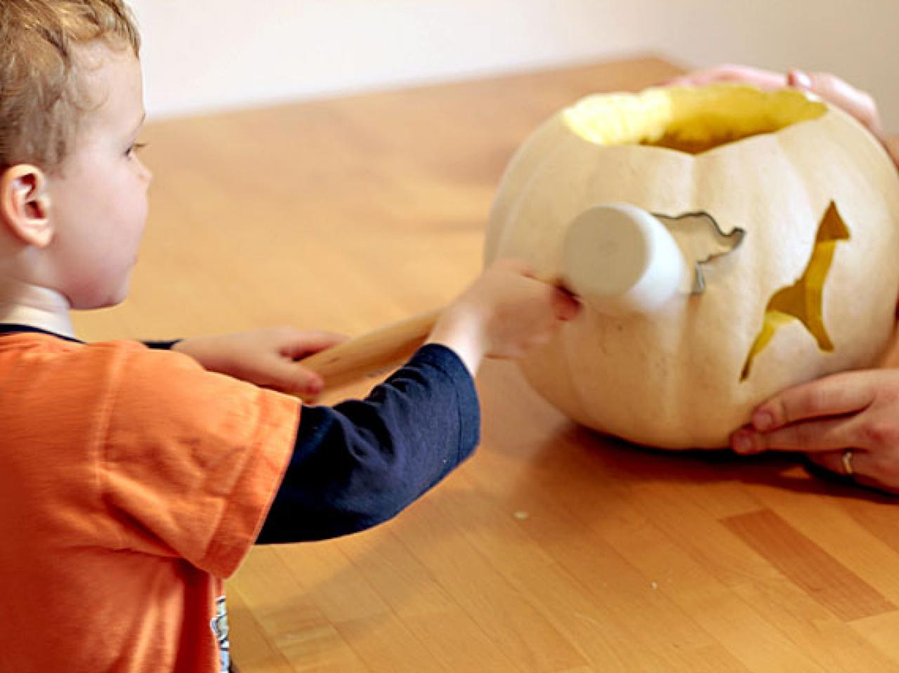 Cookie-Cutter Pumpkin Carving With Kids | HGTV