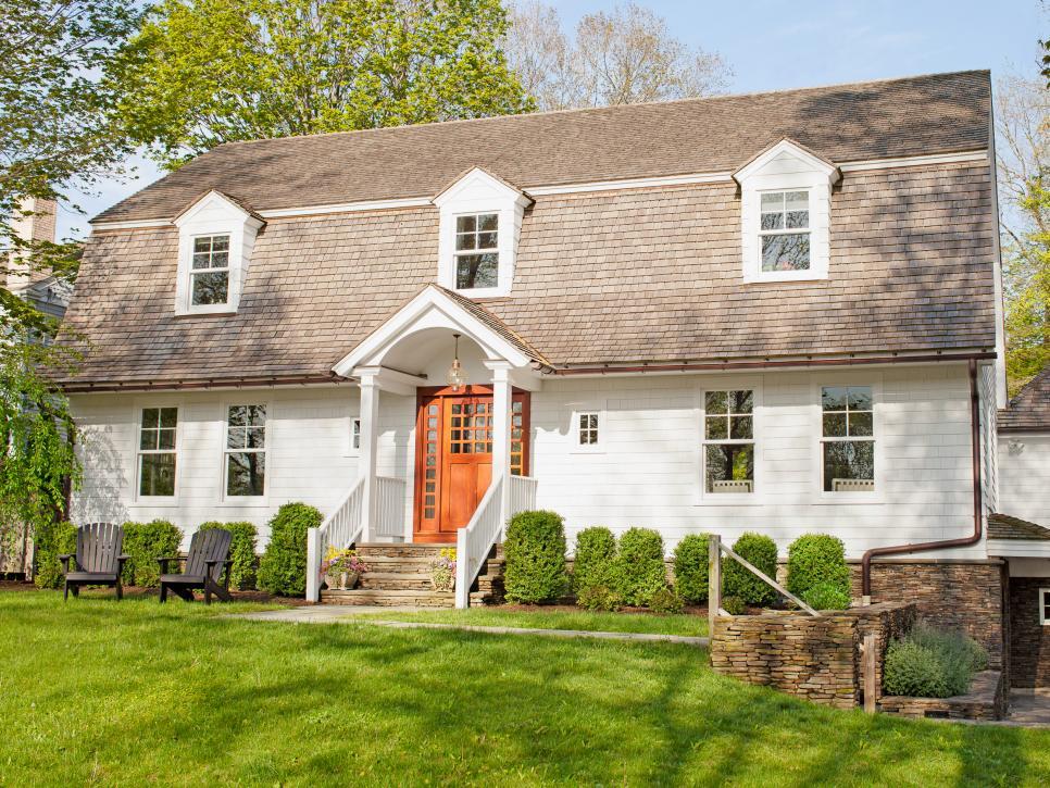 house tours a colorful cottage hgtv. Black Bedroom Furniture Sets. Home Design Ideas