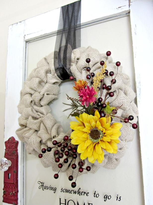 Burlap Bubble Wreath on Front Entry