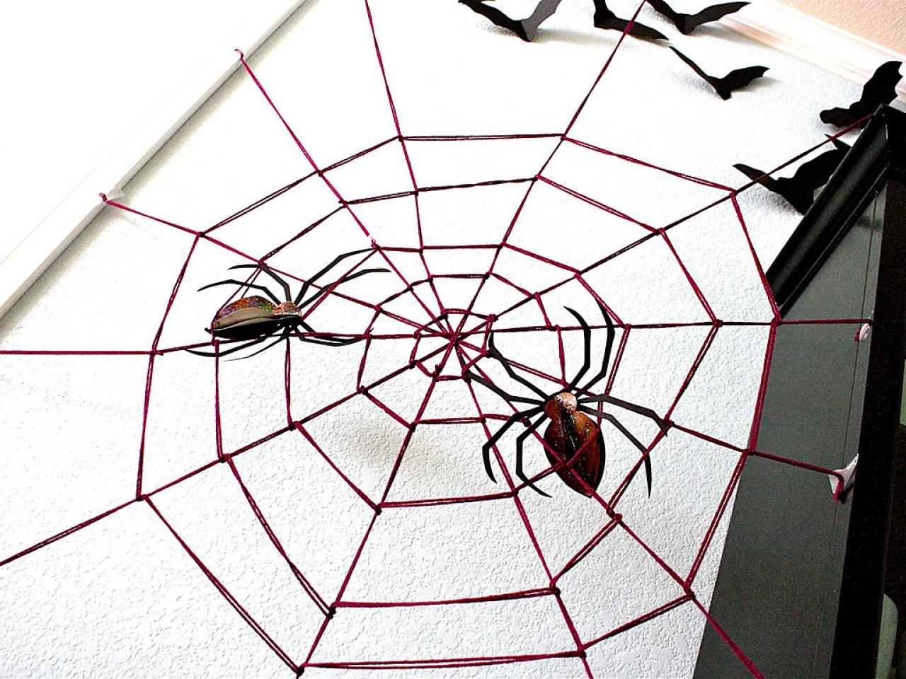 Giant yarn spider web hgtv Build easy website