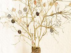 DIY Tree Branch Centerpiece With Circle Tags