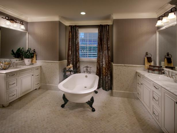Gray Traditional Bathroom