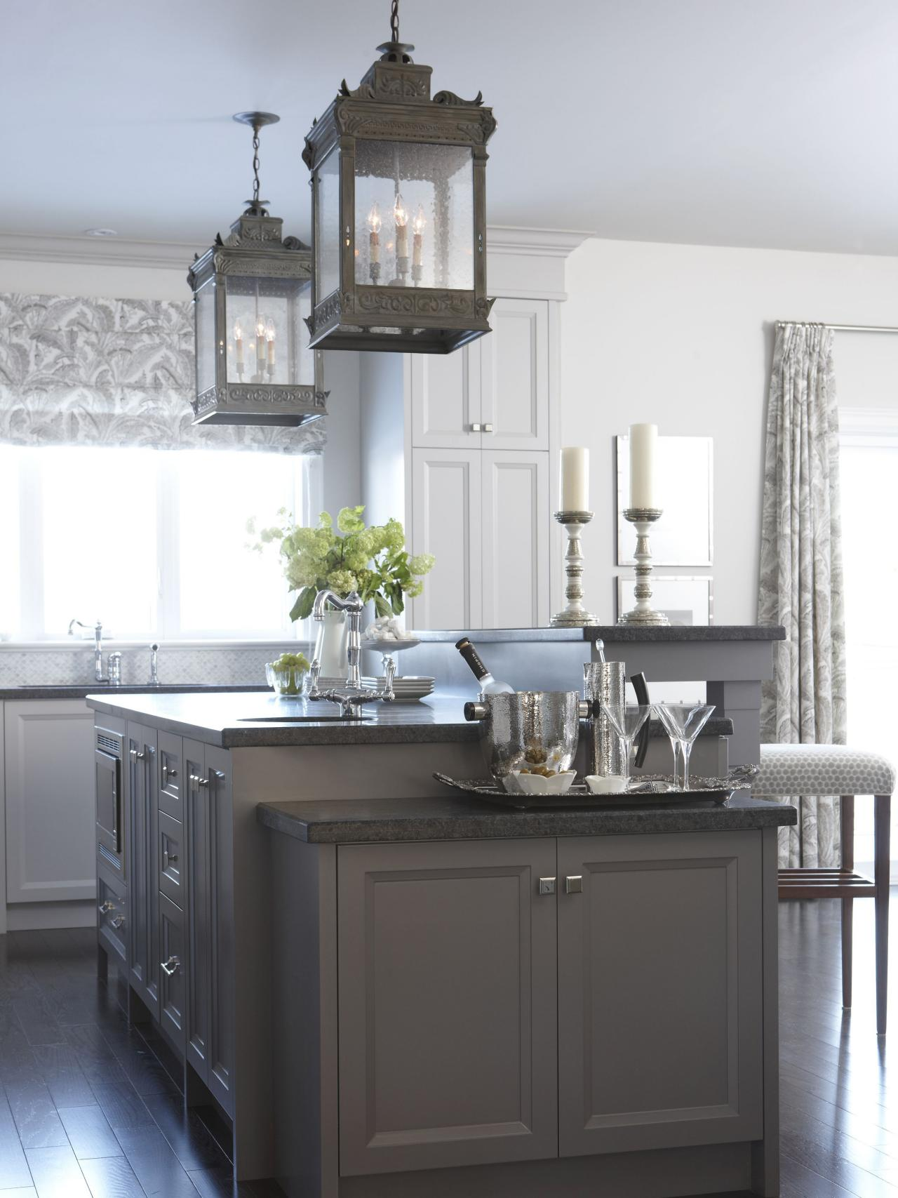 White Country Kitchen With Island