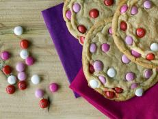 Original_Gaby-Dalkin-Valentines-Day-Giant-Sugar-Cookies_s4x3